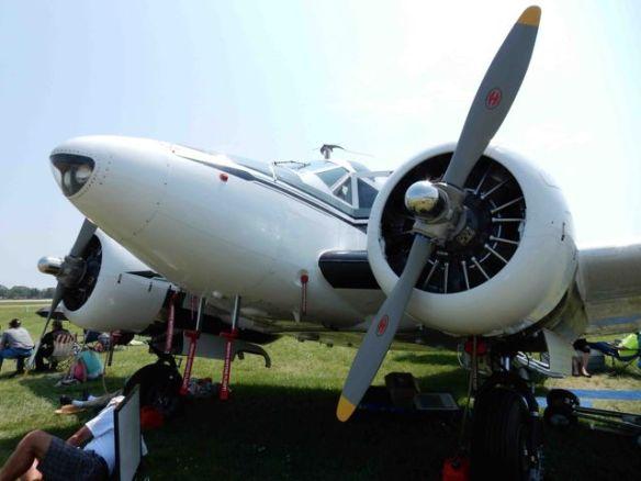 Beech-18