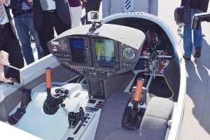 hy4-cockpit2